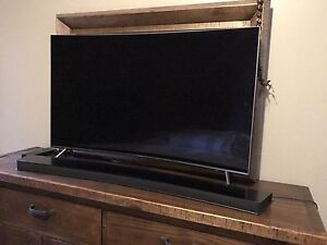 "Samsung 4K 49"" Curved SUHD Smart TV and Curved Sound Bar & Sub"