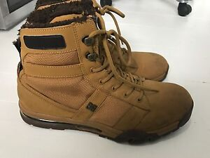 Mens DC boots size 12