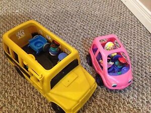 Little people bus and car