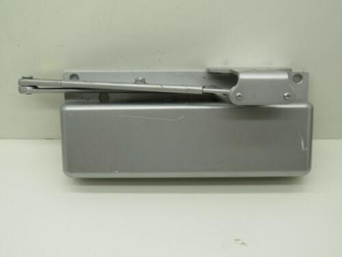 Calibre R7483 615R Door Closer Arm, Surface Mounting