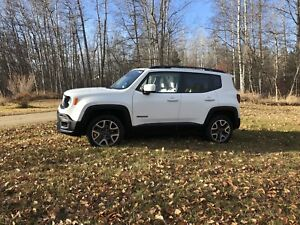 2016 Jeep Renegade North loaded leather