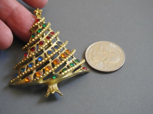 vintage retro goldtone CHRISTMAS TREE PIN brooch
