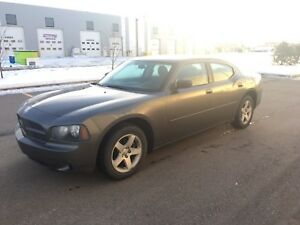2010 Dodge Charger SXT, Brand New Tires! clean!