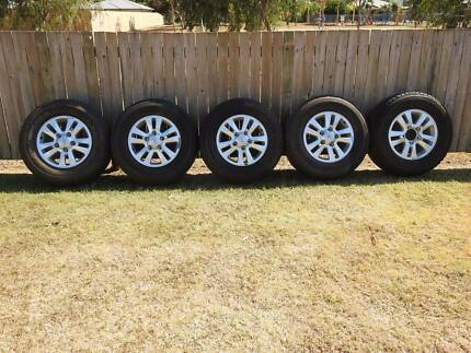 Toyota Landcruiser GXL 200 series Rims and Tyres