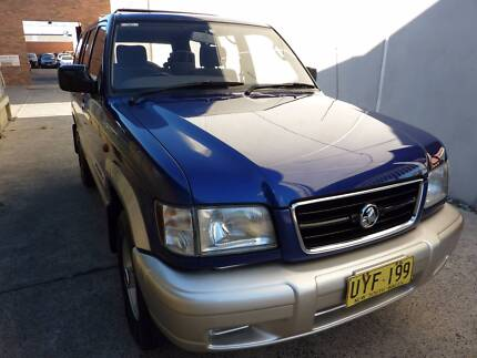 AUTOMATIC 7 SEATERS Holden Jackaroo