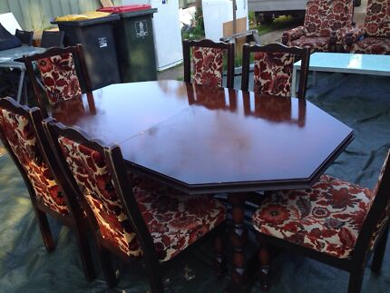 6 Seater dining table good condition $200 Bexley Rockdale Area Preview