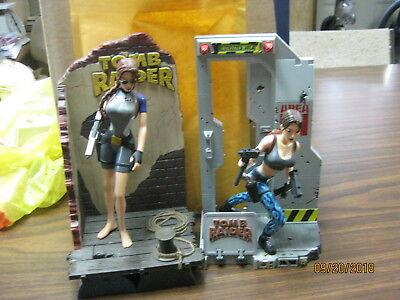 Lara Croft Tomb Raider Diorama Display Playmates figures lot Wet suit area 51