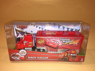 Disney Pixar Cars Mack Hauler New 95 Lightning McQueen Trailer Truck Toy