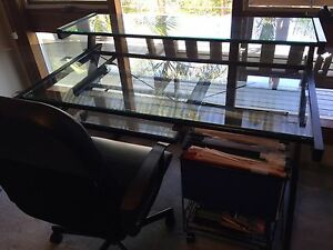 GLASS & BLACK DESK Grays Point Sutherland Area Preview