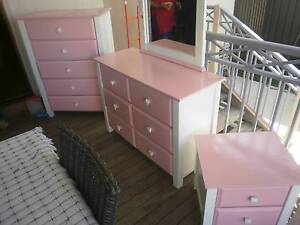 Girls Bedroom Suite .GREAT CONDITION. Roselands Canterbury Area Preview