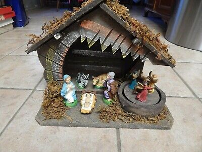 VTG WOODEN HANDCRAFTED NATIVITY SET WITH MUSIC BOX , SILENT NIGHT