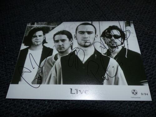 LIVE signed Autogramm auf 13x18 cm Foto InPerson LOOK