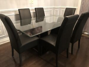 Beautiful Dining Room set for sale. Great deal!
