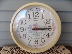 Vintage New Haven Quartz Burwood Wall Clock with Farm House Country Design
