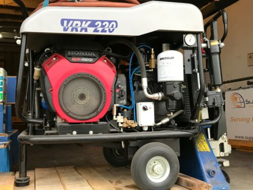 PORTABLE SCREW COMPRESS., MFG. ROTAIR, MOD. VRK 220, 25 HP., ENGINE HONDA GX 690
