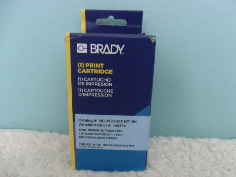 "NEW Brady Label Cartridge MC-1500-595-WT-BK Black/White Vinyl 1.5"" x 25ft"