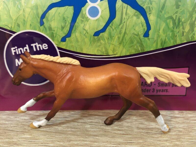 BREYER Mini Whinnies Horse Surprise Series 3 Sorrel Tucker thoroughbred New