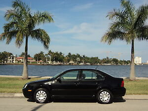 2003-VW-JETTA-GL-ONE-OWNER-SUPER-LOW-MILES-NON-SMOKER-ACCIDENT-FREE-NO-RESERVE