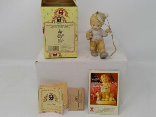 Enesco Memories of Yesterday Figurine - 1997 Sharing Gingerbread Ornament