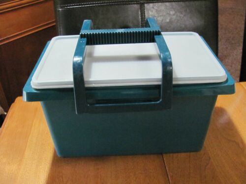 TUPPERWARE VINTAGE HUNTER GREEN SMALL CARRY-ALL  #1431 #2
