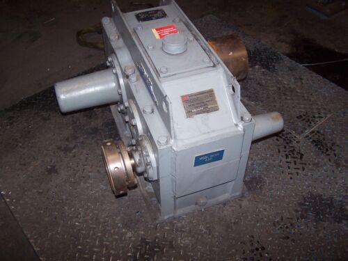 FALK 6.752:1 RATIO ENCLOSED GEAR DRIVE REDUCER MODEL 305A2-AD 40 HP MAX