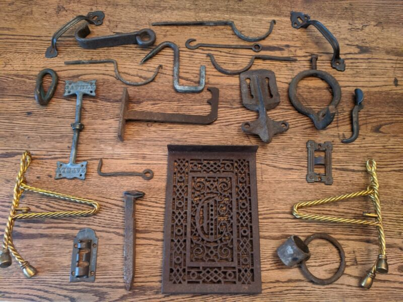 LOT OF ANTIQUE HAND FORGED & CAST IRON BARN FINDS