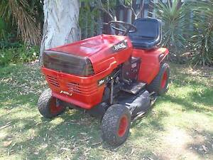 Ride on mower Rover Rancher 16 hp 32 cut heel and toe auto Dalby Dalby Area Preview