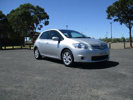 Toyota Corolla 2011 Hatch Manual 1.8Ltr $10,000Neg make a offer