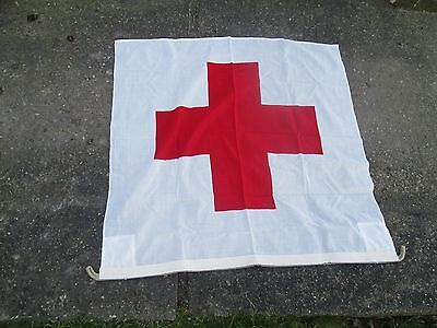 Flagge / Fahne   rotes Kreuz   100 cm x 100 cm