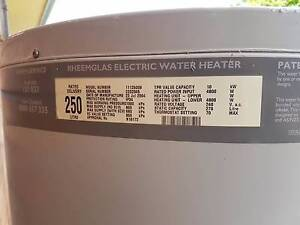 250 litre hot water system Winmalee Blue Mountains Preview