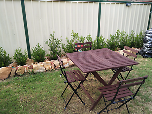 Table and chairs Hinchinbrook Liverpool Area Preview