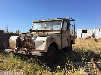 Wanted: Wanted old Land Rover
