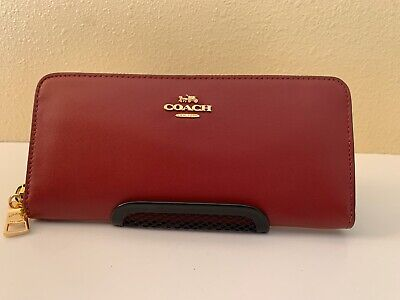 COACH Slim Deep Red Burgundy Smooth Leather Accordeon Zip Wallet Clutch Boxed