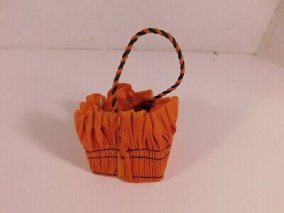 Small Halloween Party Favor Container, New Old Stock - FREE - Sm Halloween Party