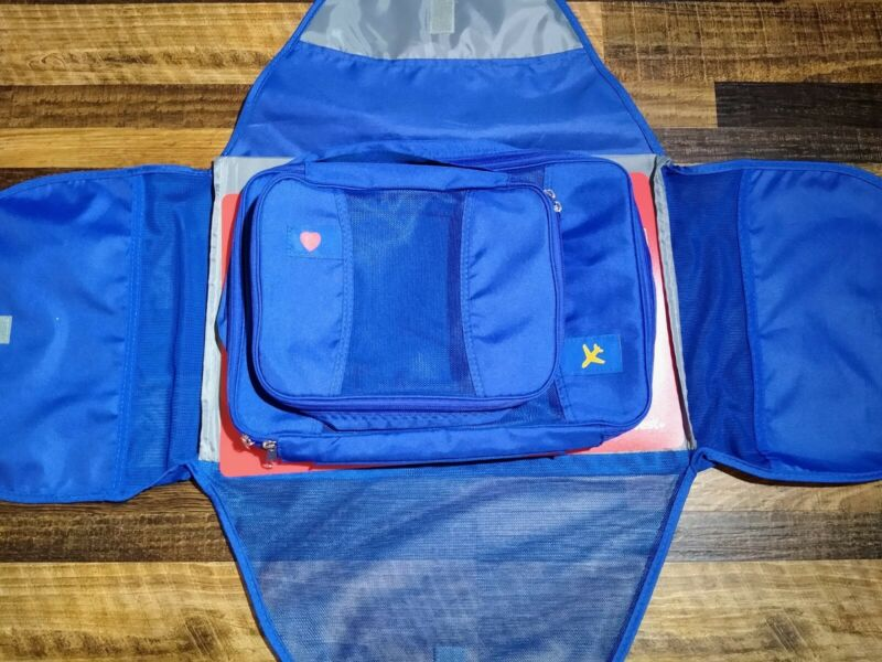 Southwest Airlines Blue Travel Organizer For Toiletries and Essentials