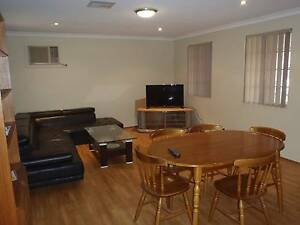 Single room in Ascot close to the river Ascot Belmont Area Preview