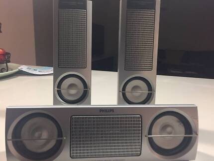 COMPUTER OR BOOK SHELF SPEAKERS