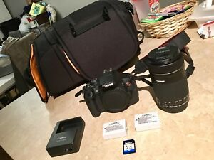 Kit de depart Canon T5i complet comme neuf + extra!!!