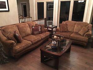 Executive sofa set for sale!
