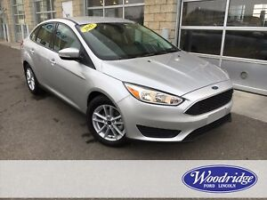 2017 Ford Focus SE HEATED SEATS, BACKUP CAMERA, CLEAN CARPROOF