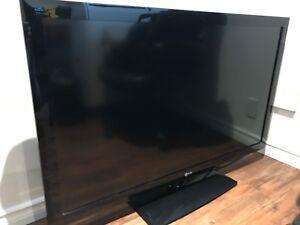LG TV 47 inch