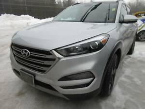 2017 Hyundai Tucson SE 1.6 - BACKUP CAM! SUNROOF! LEATHER!