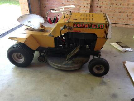 Greenfield Ride On Lawn Mower Cambewarra Nowra-Bomaderry Preview