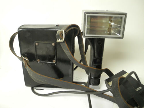 Metz 403 Flash and Battery Holder