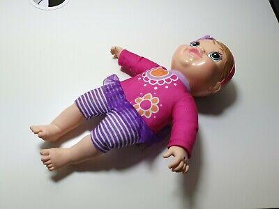 Usado, Baby Alive Plays And Giggles Blonde Baby Doll Talking segunda mano  Embacar hacia Spain