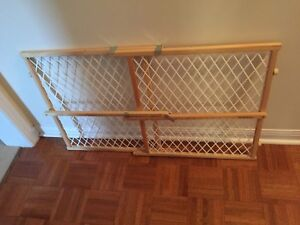 Baby safety gates and knob covers