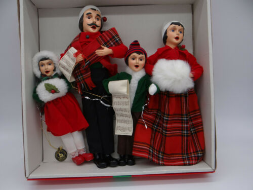 Brinns 1986 Christmas Carolers Family of 4 Handmade in Korea With Box