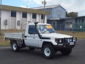 Toyota LandCruiser TRAYBACK 4WD DIESEL Bungalow Cairns City Preview