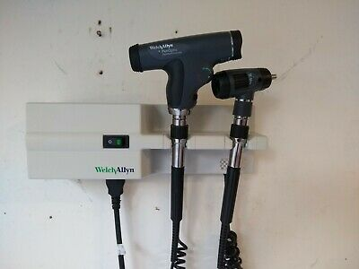 Welch Allyn 767 3.5v Panoptic Ophthalmoscope Otoscope Wall Trans. Diagnostic Set