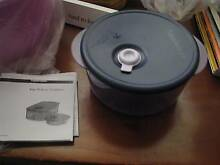 vent and serve tupperware microwave container Forrestfield Kalamunda Area Preview